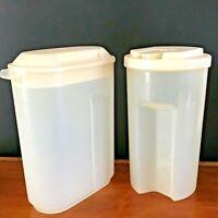 2 Vintage Rubbermaid Easy Grip Pitchers Clear w Almond Lids 2 Qt, 2 1/2 Qt Clean