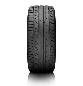 Gomme Estive 215/45 R17 Kormoran 87W ULTRA HIGH PERFORMANCE XL pneumatici nuovi