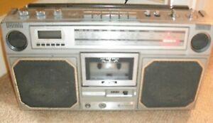 Hitachi TRK-813 Boombox Stereo Radio FM/LW/MW/SW Cassette Player Ghetto Blaster