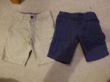 Boys M&S Navy and Cream Chino Shorts - aged 3-4 years old