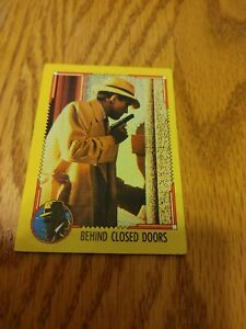 1990 Topps Calling Dick Tracy Trading Card and sticker