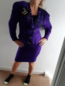 True Vintage Early 1980's Suit, Skirt 28inc Jacket 38inch