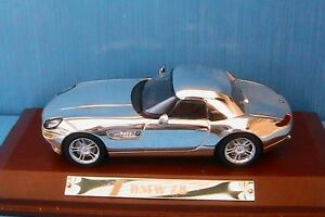 BMW Z8 2001 CHROME IXO 1/43 WITH WOODEN BASE CABRIOLET