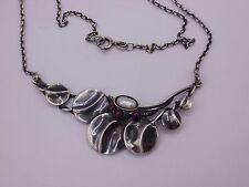 schönes Collier / Kette aus Silber 925 punziert Perle & Granat