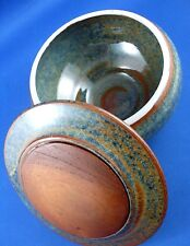 Hand-crafted BYRON BAY Pottery Canister with WOOD INLAY LID VG - In Australia