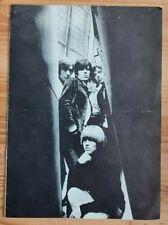Autographes Rolling Stones. 5 dédicaces sur doc de 8 pages 1966 dont Brian Jones