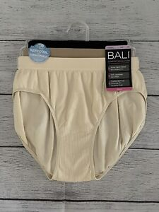 Bali Comfort Revolution Hipster Panties 3 Pack Style AK90 Size 6/7 NWT