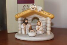 Thun,Lotto 4 oggetti. Presepe della famiglia,capanna,Maria,Giuseppe,Gesu. Nuovo.