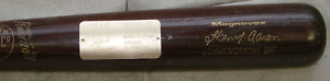 Hank Aaron Magnavox bat Atlanta Braves