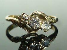 Excellent Cut Round Yellow Gold VVS1 Fine Diamond Rings