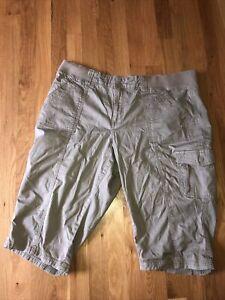 Lee Easy Fit Womens khaki Cargo Capri Elastic Pants 20W Medium