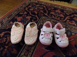 Lot Surprize Stride Rite Baby Alexia Fisherman Sandals White Pink & Robeez sz 2