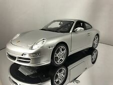 Welly NEX Porsche 911 (997) Carrera S Silver Diecast Model Car 1/18