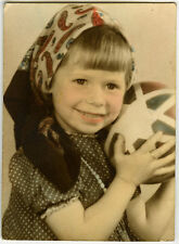 PHOTO ANCIENNE - COLORISÉE FILLE JOUET BALLON STUDIO - GIRL TOY-Vintage Snapshot