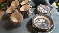 JOHNSON BROTHERS ENGLAND 22 PC. LOT 10 BLUE WILLOW CUPS 8 SAUCERS, 4 BOWLS A+