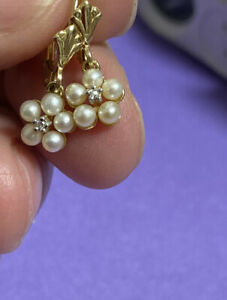 14k Yellow Gold Pearl And Emerald Crystal Leverback Earrings