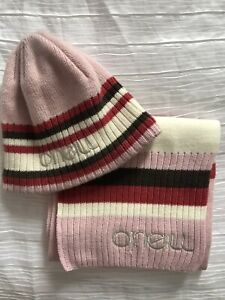 Womens O'Neill Pink Hat And Scarf Set