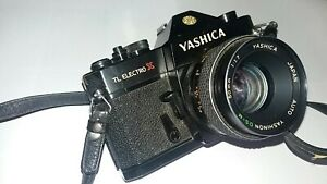 YASHICA TL ELECTRO X SLR CAMERA WITH 50MM F1.7 LENS AND (PENTAX) CARRYING STRAP