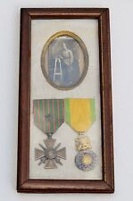 FRANCE:  FRENCH WW1 MEDALS FRAMED CROIX DE GUERRE MILITARY MEDAL