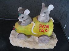 Charming Tails Silvestri Older Piece Pear Taxi Mice In Car #87/565 w/ Orig Bx