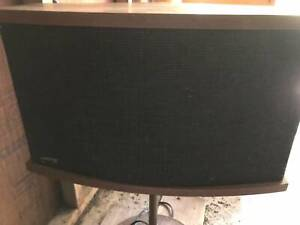 Bose 901 Series VI Vintage Speakers with equaliser