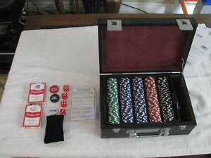 Poker Chips   Blackstone Executive Casino Gaming Collection with Leather Case