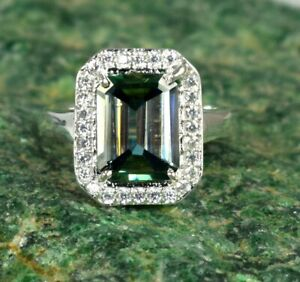 Men's Jewelry 5.79 Ct Green Diamond Solitaire Wedding Promise Ring With Accents