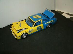 #8 DALE EARNHARDT 1984/85 BLUE & YELLOW WRANGLER  VENTURA 1/24  RARE CUSTOM