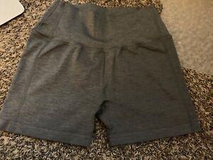 Alphalete Revival Shorts Size Medium Grey