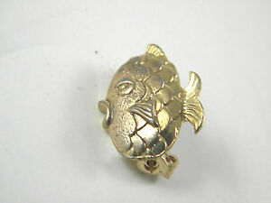 Tiny Figural Fish Pin Adorable Vintage Jewelry