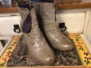 Miz Mooz New York  Denice taupe Slip On zip up Ankle Boots Sz 39/ 8.5