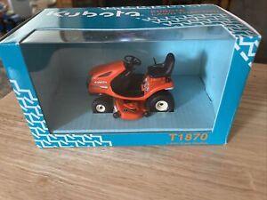 KUBOTA Lawn Tractor T1870 1:24th Scale Replica NIB Toy