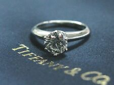 Tiffany & Co Platino Redondo Anillo Solitario Diamante de Compromiso H-VS2 .90ct