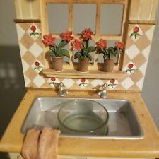 Vintage Kitchen Sink & window Tealight Candle Holder Figurine