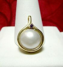14K YELLOW GOLD ROUND MABE WITH AMETHYST PENDANT 4.3 GRAMS