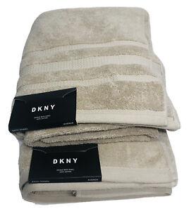"DKNY Avenue Bath Towel 100% Cotton Size 30""x56"""