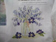 """campanule /""""Lepre Farfalle/"""" un acquerello incorniciato dipinto di Sandra Mason"""