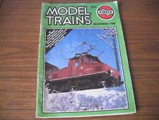 AIRFIX MODEL TRAINS MAGAZINE DECEMBER 1980 (MAKING SCENERY, ETC)