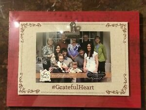 Picture Holder Frame Glory Haus Grateful Heart Linen Clip Wall Free standing Red