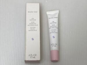 MARY KAY Oil Mattifier  .6 fl oz Oily Skin Natural Matte Finish 379800