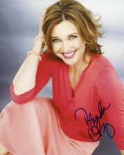 """Brenda Strong """"Desperate Housewives"""" AUTOGRAPH Signed 8x10 Photo ACOA"""