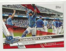 Kansas City Royals 2017 Topps Mini Red Parallel /5 #481 Salvador Perez