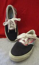 Girl's AirWalk Lace Up Sneakers Tennis Shoes Black Floral Size 12.0 Med NWOT