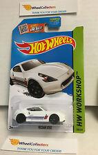 Hot Wheels 2015 USA Card * Nissan 370Z #248 * White * n116