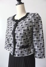 REVIEW Size 8  US 4 3/4 Length Sleeve Jacket    rrp $299.95
