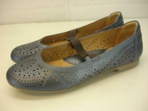 Women's 9.5 B M Earth Royale Navy Blue Leather Mary Jane Strap Ballet Flat Shoes