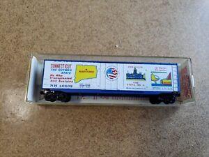 Kadee/Micro-Trains N Scale Connecticut 50' Bicentennial Box Car #38020 (blue)