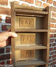 interessant moule à briques avec marquage - outil ancien briqueterie