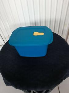TUPPERWARE  Boîte micro ondes  2,3 litres