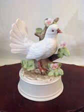 """Vtg White Porcelain Dove and Pink Floral's Music Box by Kimco 6"""" Tall Excel Cond"""
